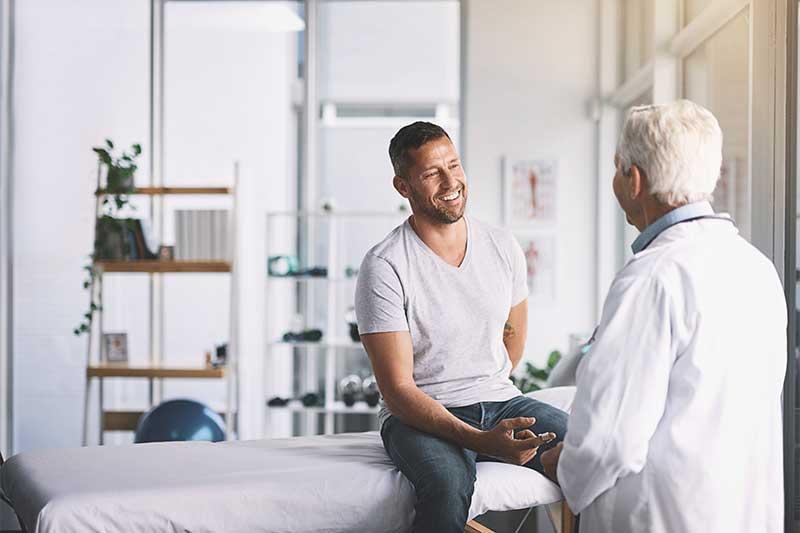Indépendamment des visites périodiques, le salarié ou l'employeur peuvent demander, à tout moment, une visite médicale avec le Médecin de Santé au Travail